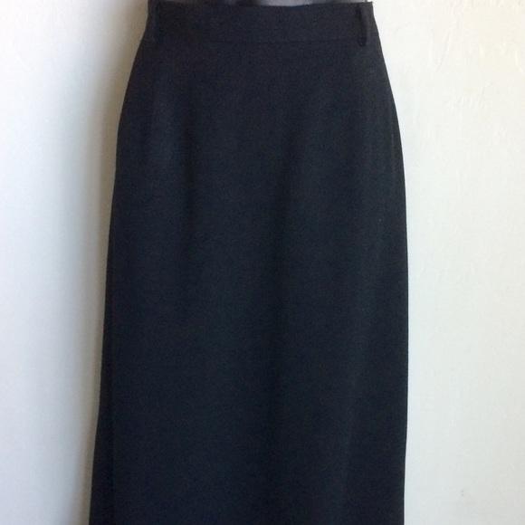 Austin Reed Skirts Austin Reed Straight Lined Black Skirt Size 6 Poshmark